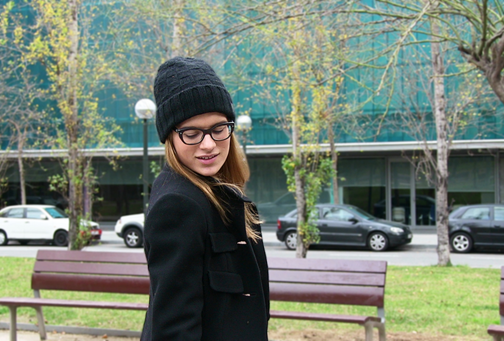Total-look-black-with-Louis-Vuitton-Beanie