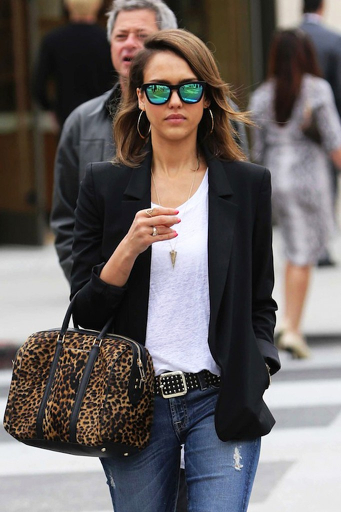Get-the-Look-Jessica-Alba-Jeans