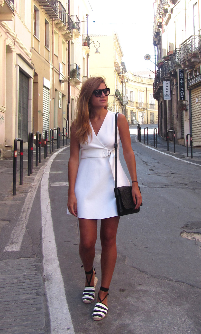 White-and-black-outfit-Wilde