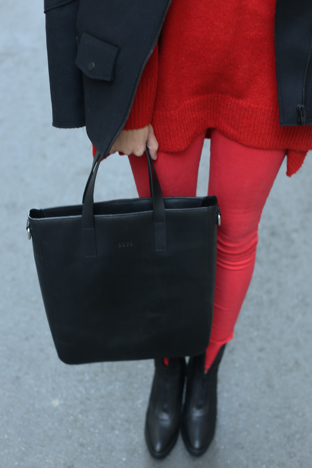 Red-sweater-with-red-pants
