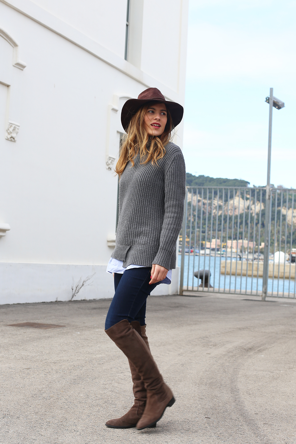 Over-the-knee-boots-with-grey-sweater