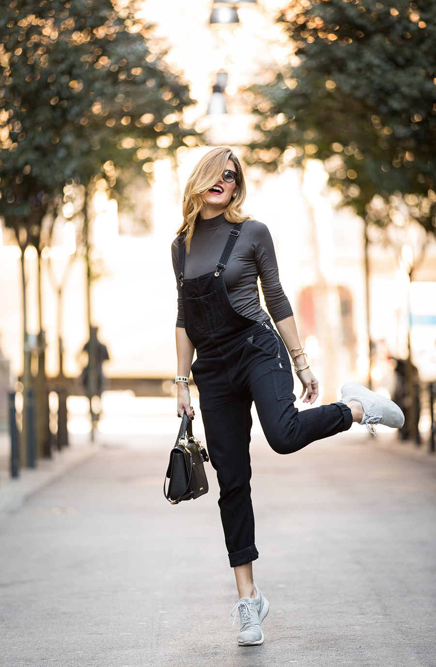 fotografo-street-style-Guillem-Calatrava_Silviaboschblog_Barcelona-Style_black-and-grey-outfit