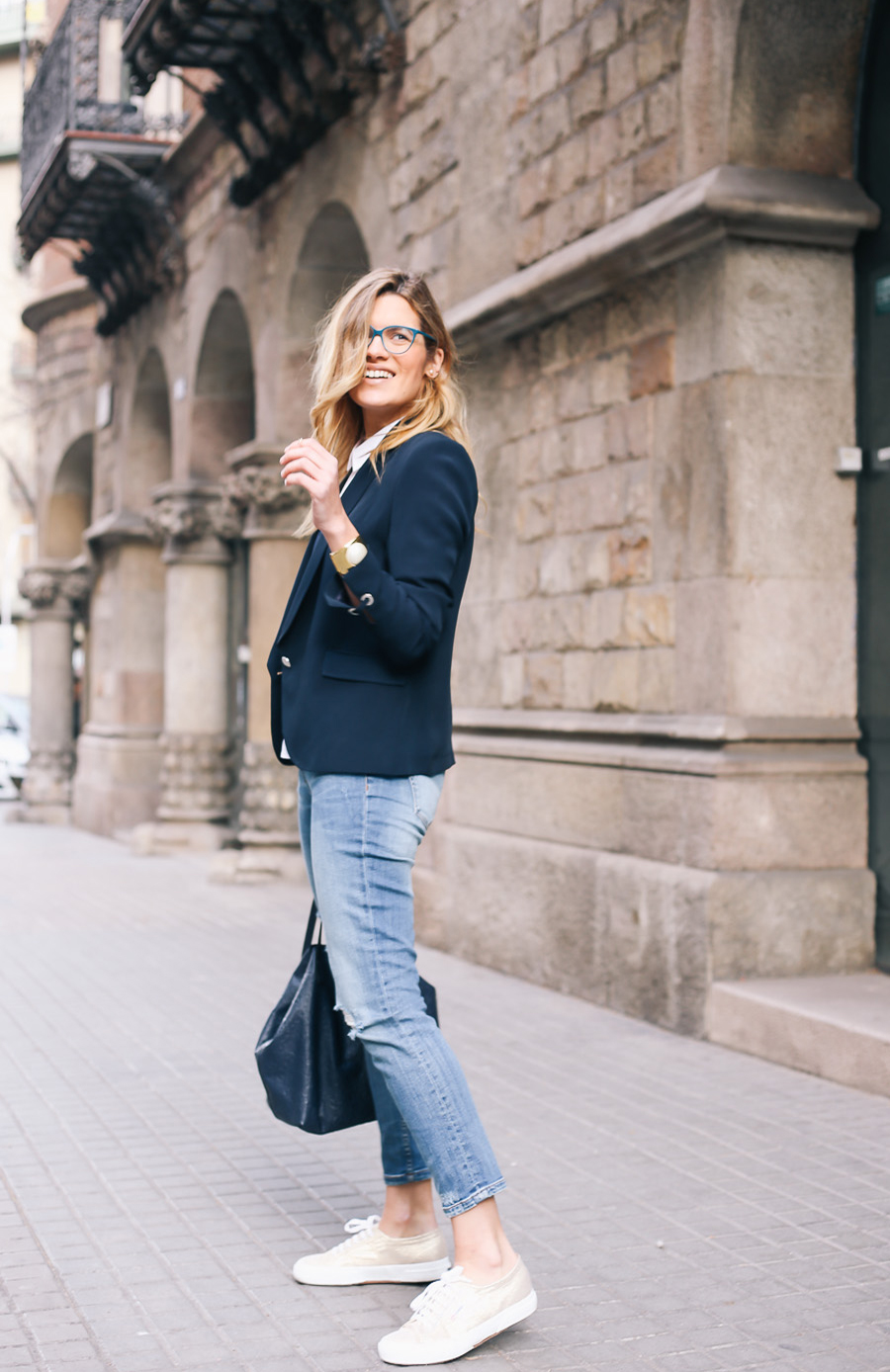 silvia_bosch_look_ikks_jeans-with-superga