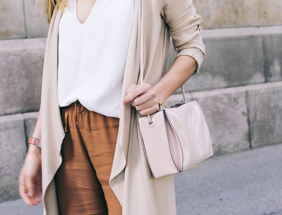 neutral-outfit-with-silviaboschblog-uno-piu-uno-pants