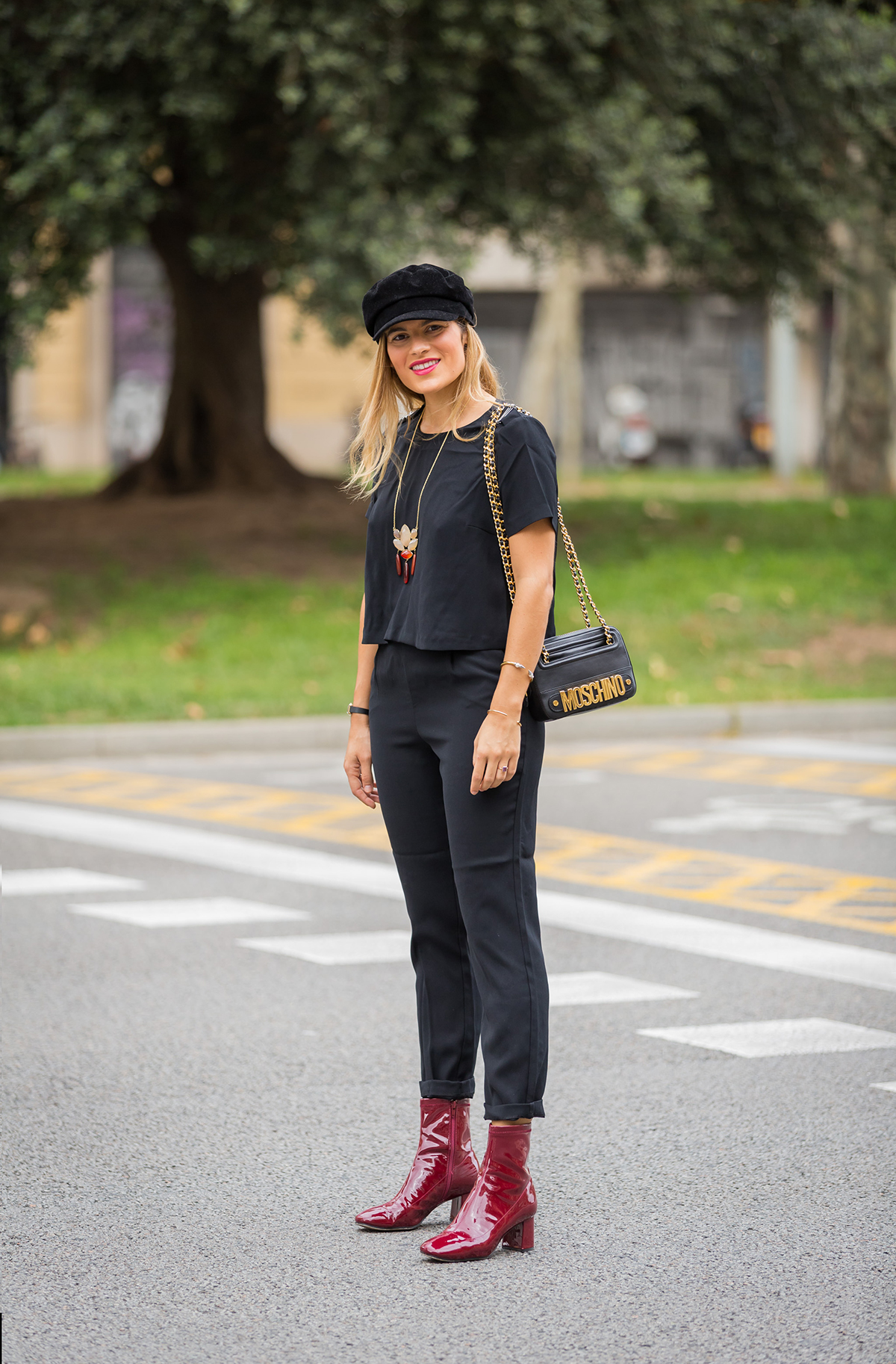moschino black bag with red boots silviaboschblog
