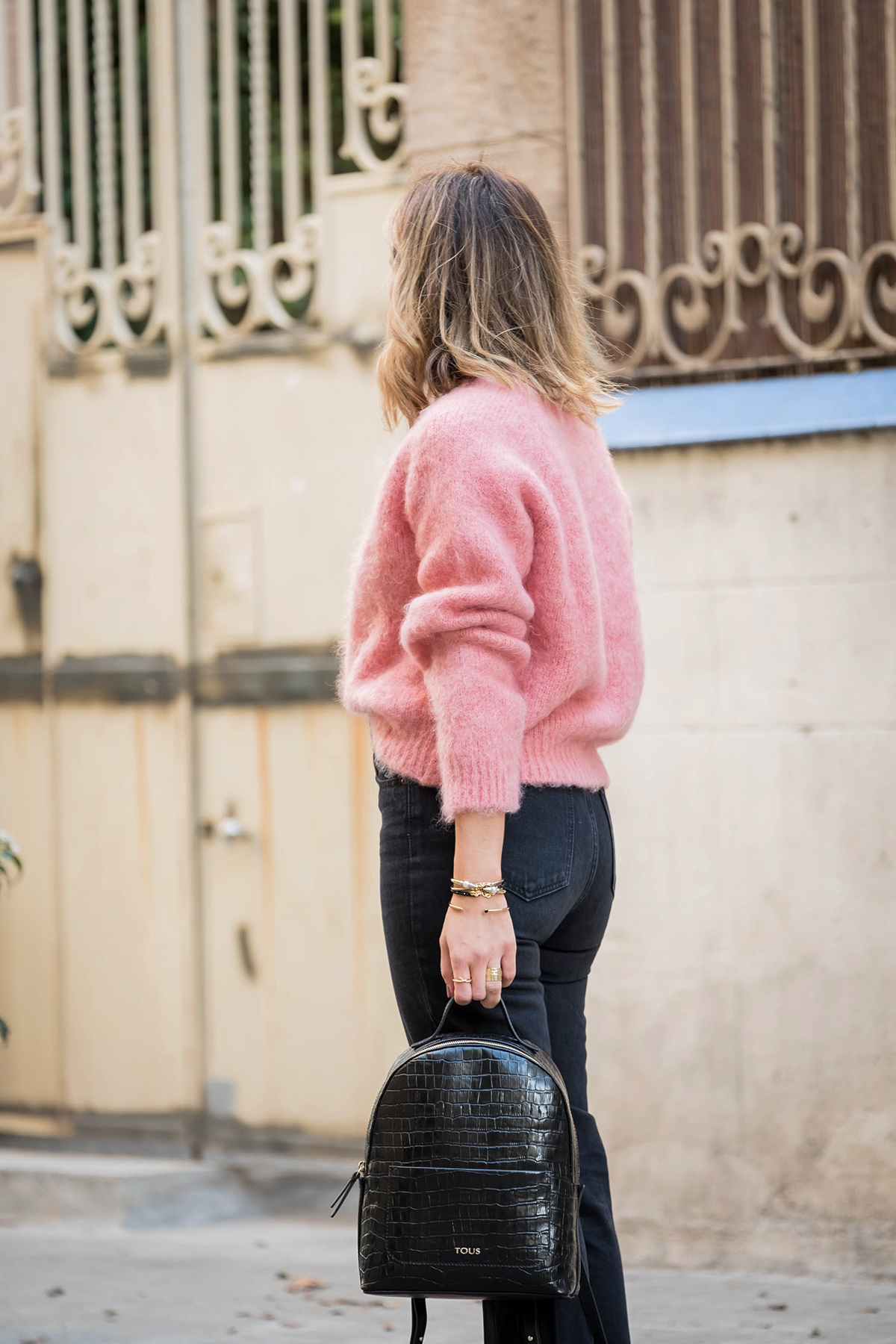 pink_sweater long_bob Hair_Time Barcelona